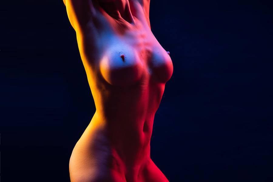 Une séance photo lingerie ou nu artistique en studio à Paris